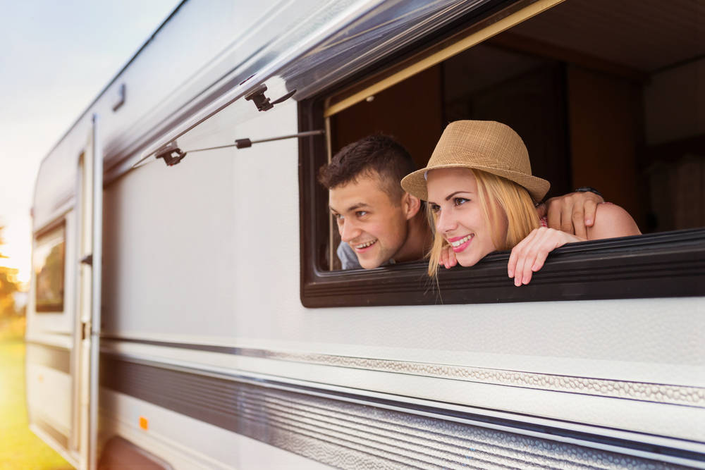 Viajar en caravana recorriendo circuitos, pros y contras