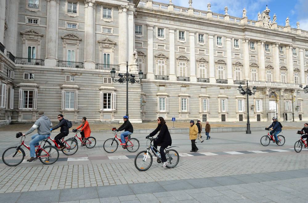 Las bicicletas empiezan a tomar las ciudades de España