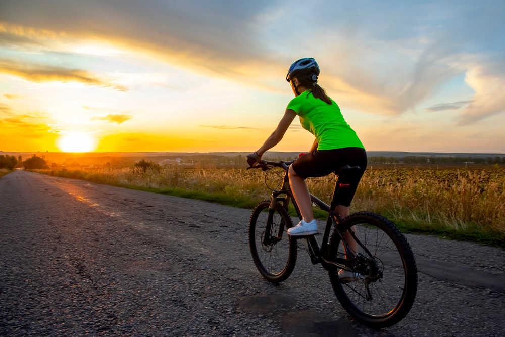 Cómo hacer ciclismo con tu peque y no morir en el intento