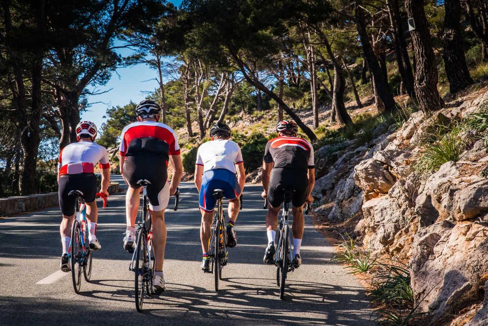 Crece el número de clubes ciclistas en España y su constitución se delega en las gestorías